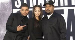 """Cast member O'Shea Jackson Jr. (L), who portrays Ice Cube, poses with his father producer Ice Cube and his mother Kimberly Woodruff at the premiere of """"Straight Outta Compton"""" in Los Angeles, California August 10, 2015. The movie opens in the U.S. on August 14.  REUTERS/Mario Anzuoni"""